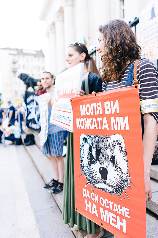 anti-fur-protest-sofia-002