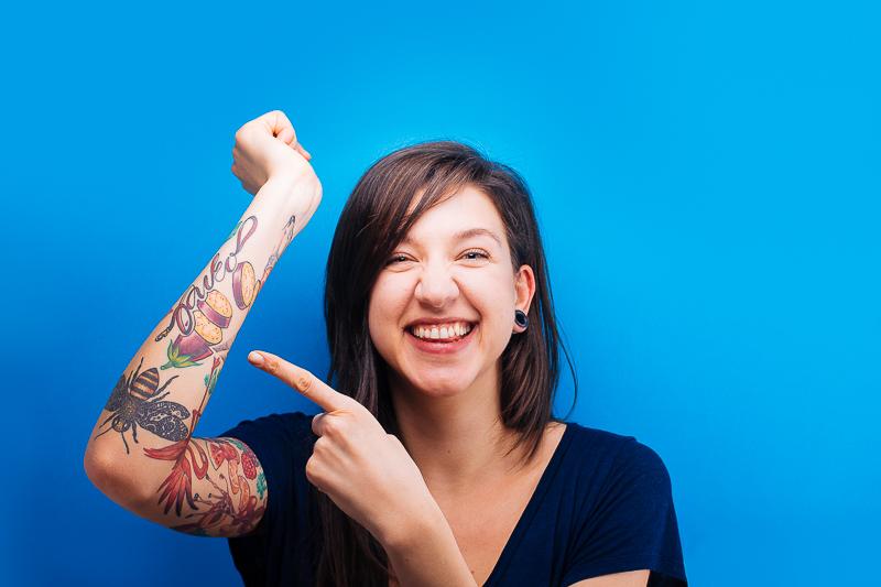 Гери и безбройните ѝ веджи татуировки са изключително зареждащи!