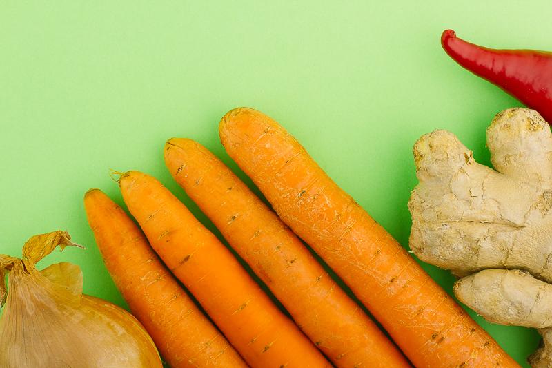 Продукти за веган супа с джинджифил и моркови