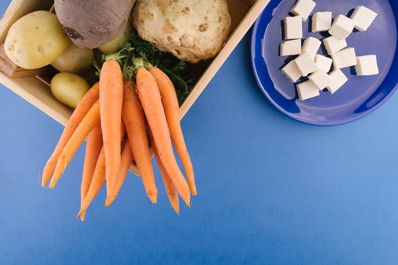 Продукти за веган рататуй с кореноплодни зеленчуци